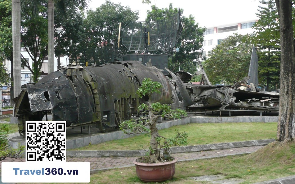 Victory Museum b52 wreck